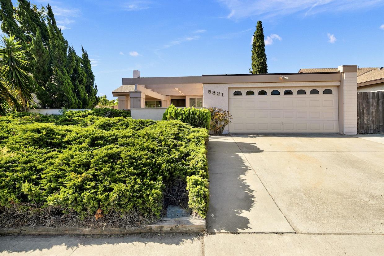 5821 Antigua Blvd, San Diego, CA 92124