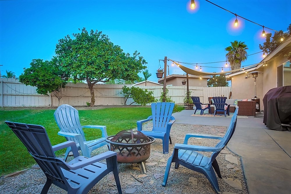 8836 Crestmore Ave, Spring Valley, CA 91977