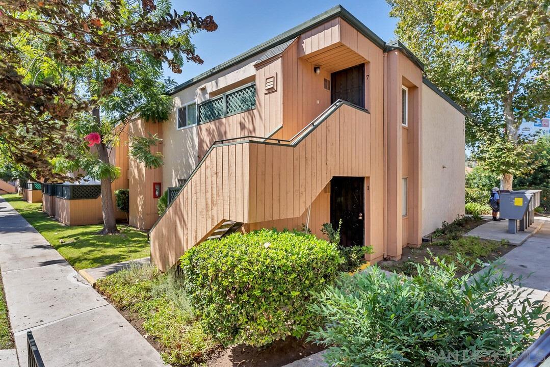 8767 Navajo Road Unit 7, San Diego, CA 92119