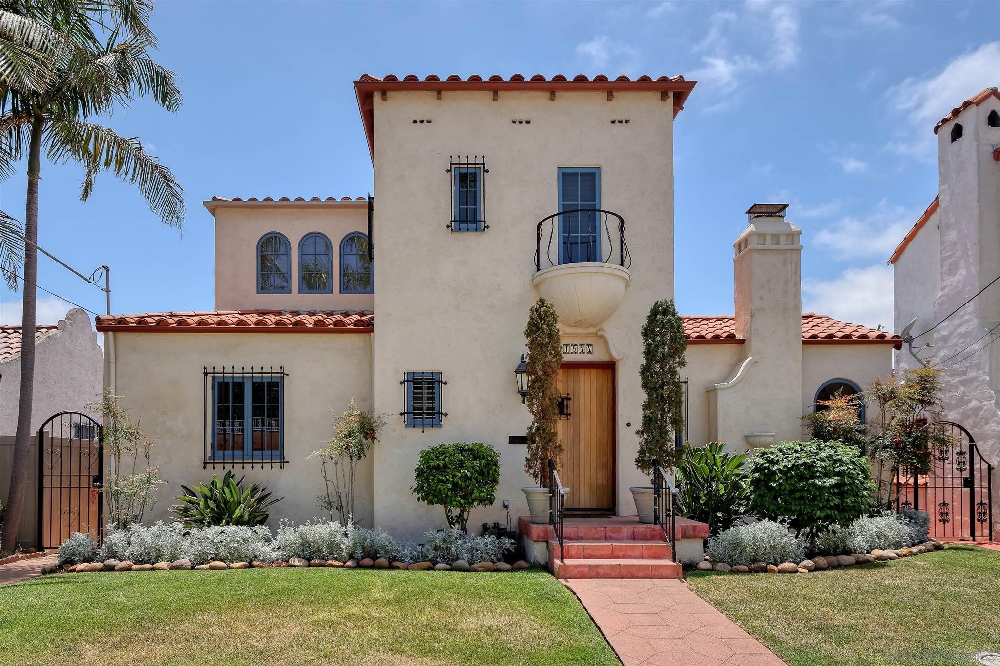 1977 Titus Street, San Diego, CA 92103