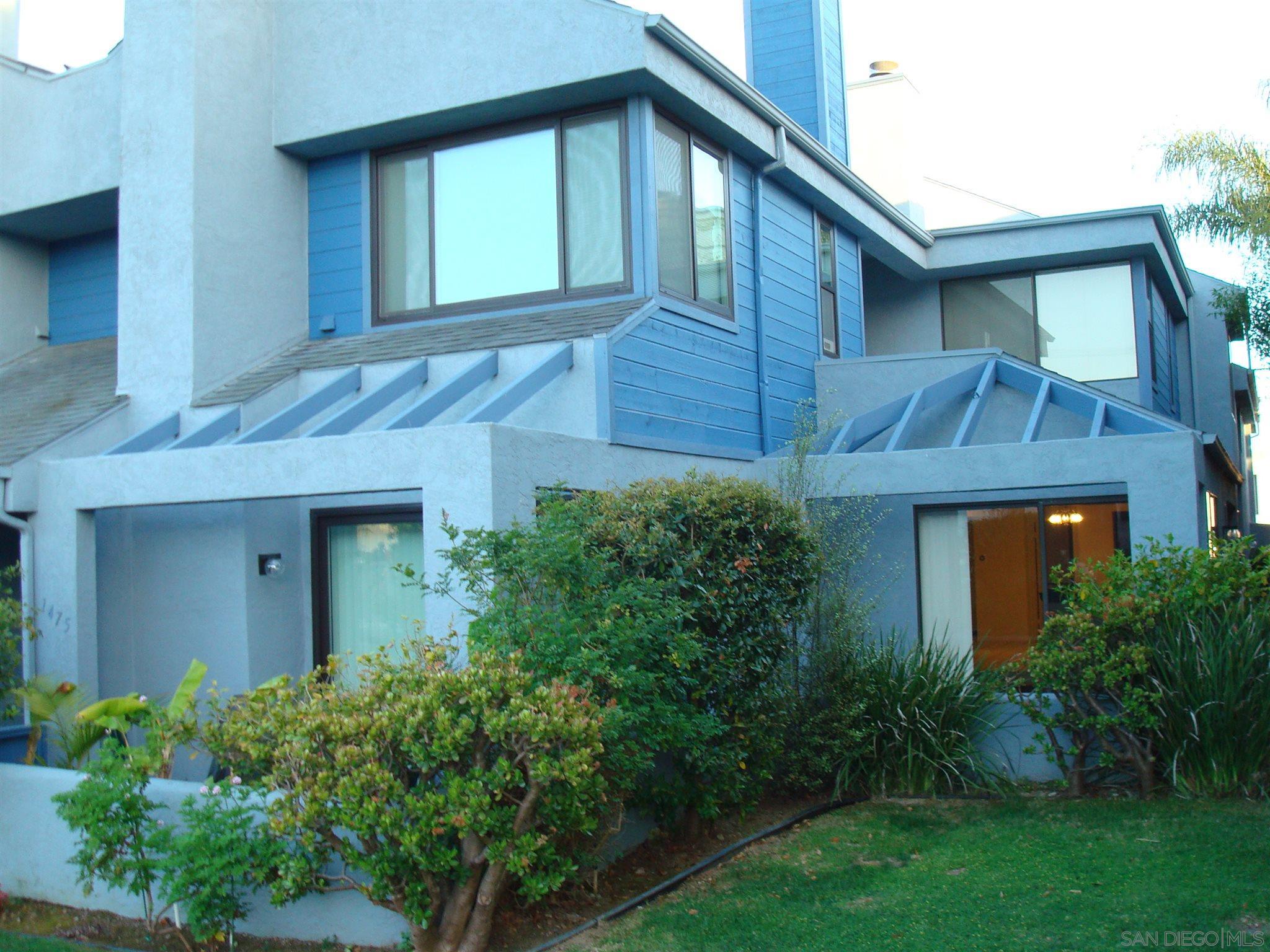 1473 Chalcedony St, San Diego, CA 92109