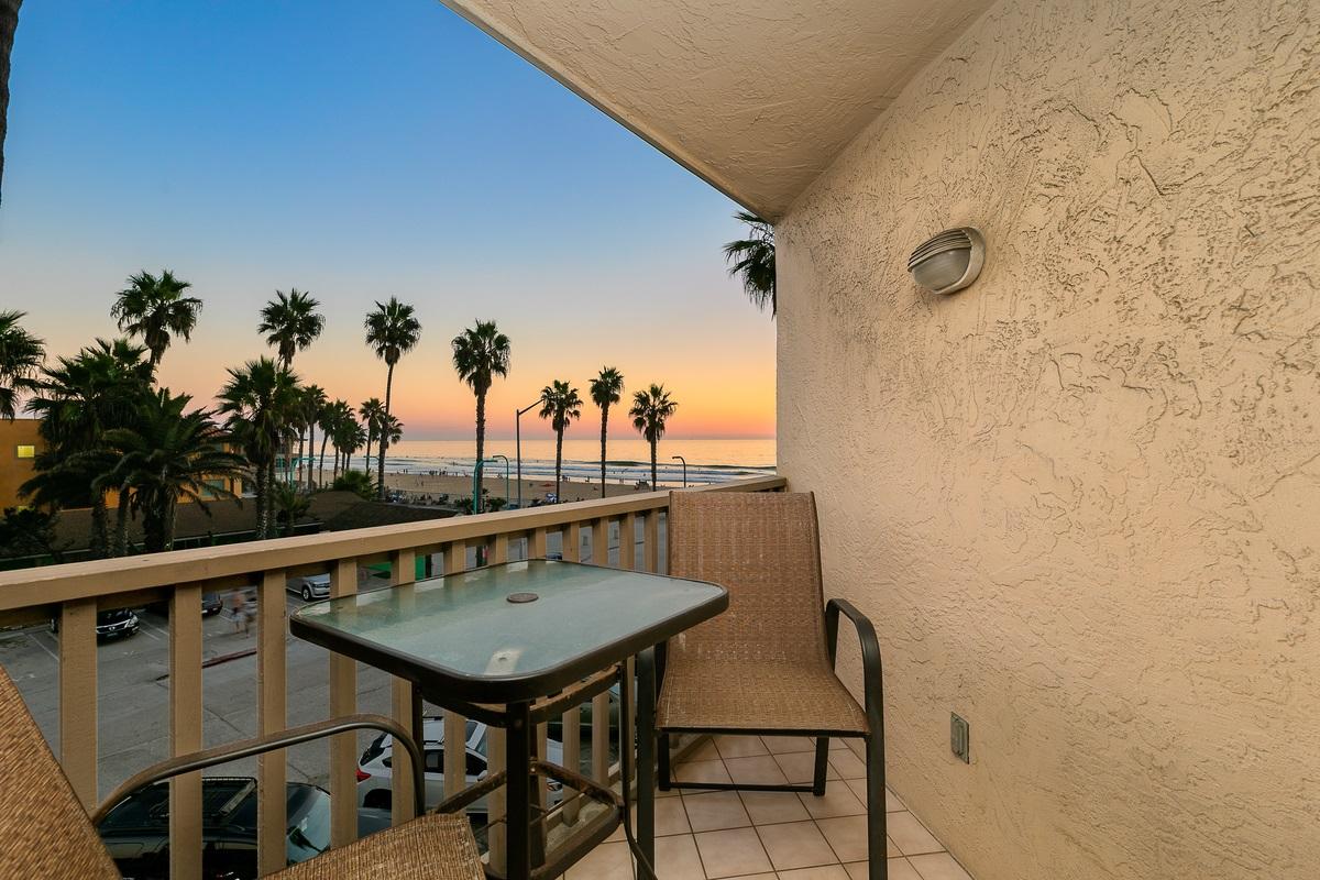 4465 Ocean Blvd. 34, San Diego, CA 92109