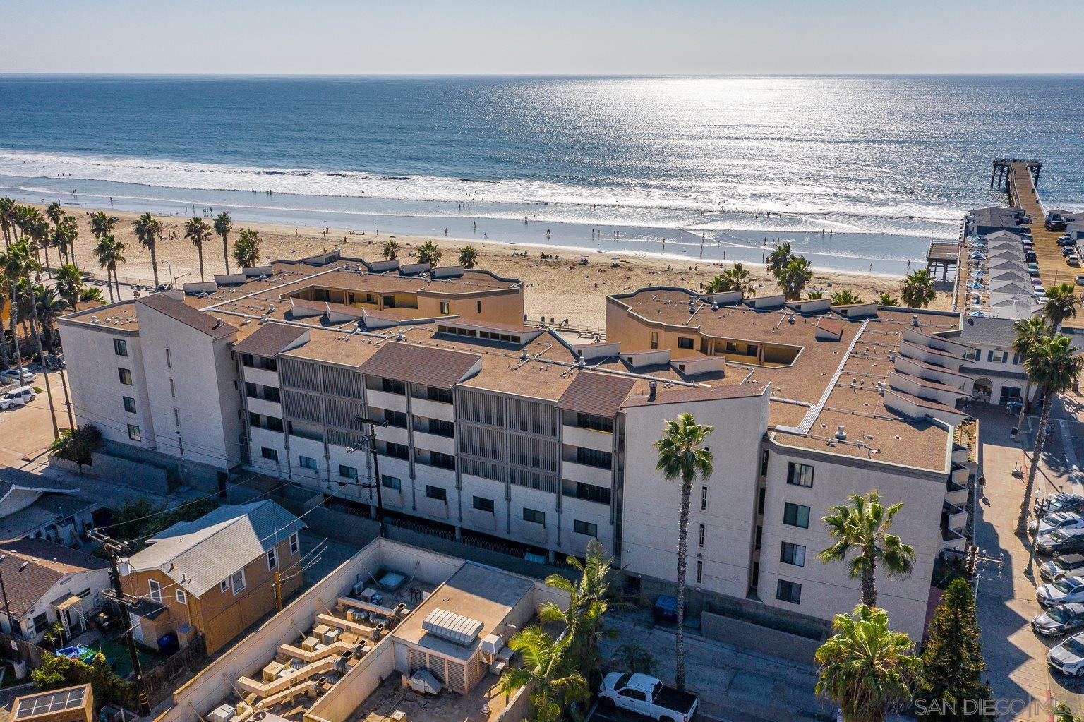 4465 Ocean Blvd 28, San Diego, CA 92109