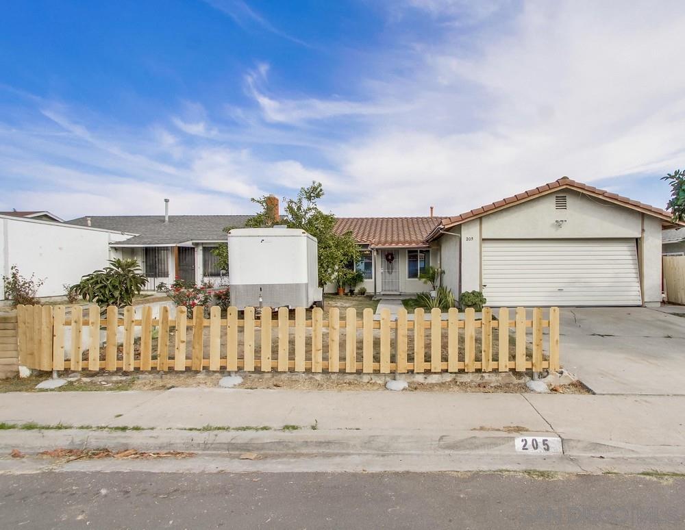 205 TREEWOOD ST, San Diego CA 92114