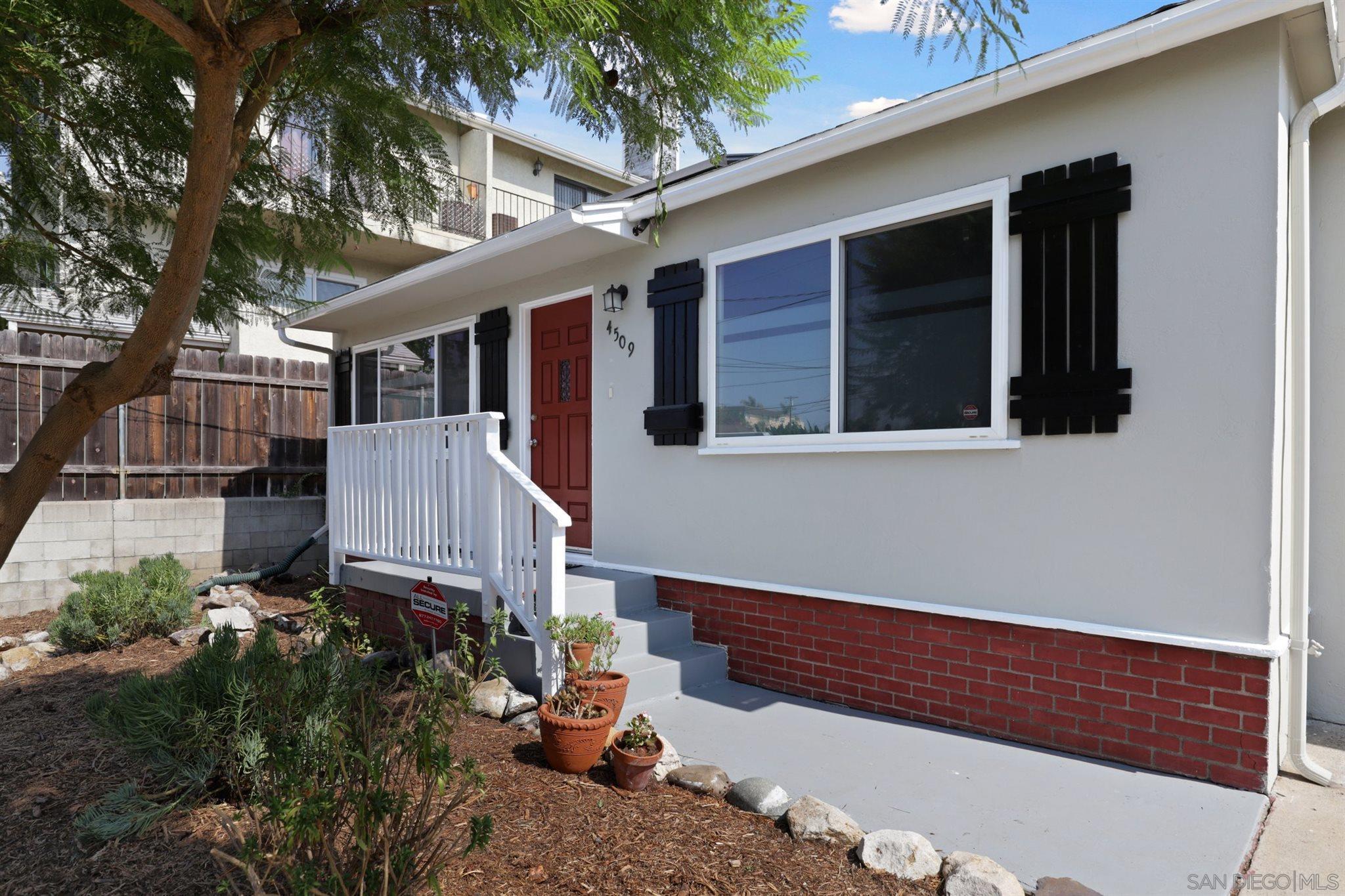 4509 College Way, San Diego CA 92115