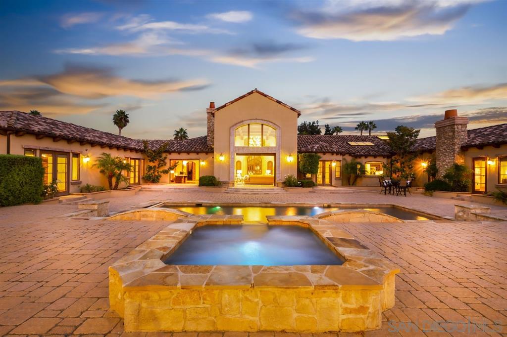 15754 Via de Santa Fe, Rancho Santa Fe, CA 92067