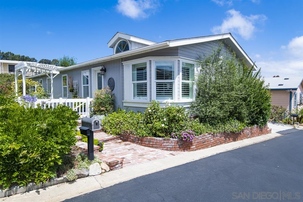 444 El Camino Real Unit SPC 123, Encinitas CA 92024