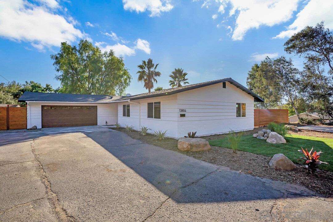 13804 Temple Way, Poway, CA 92064