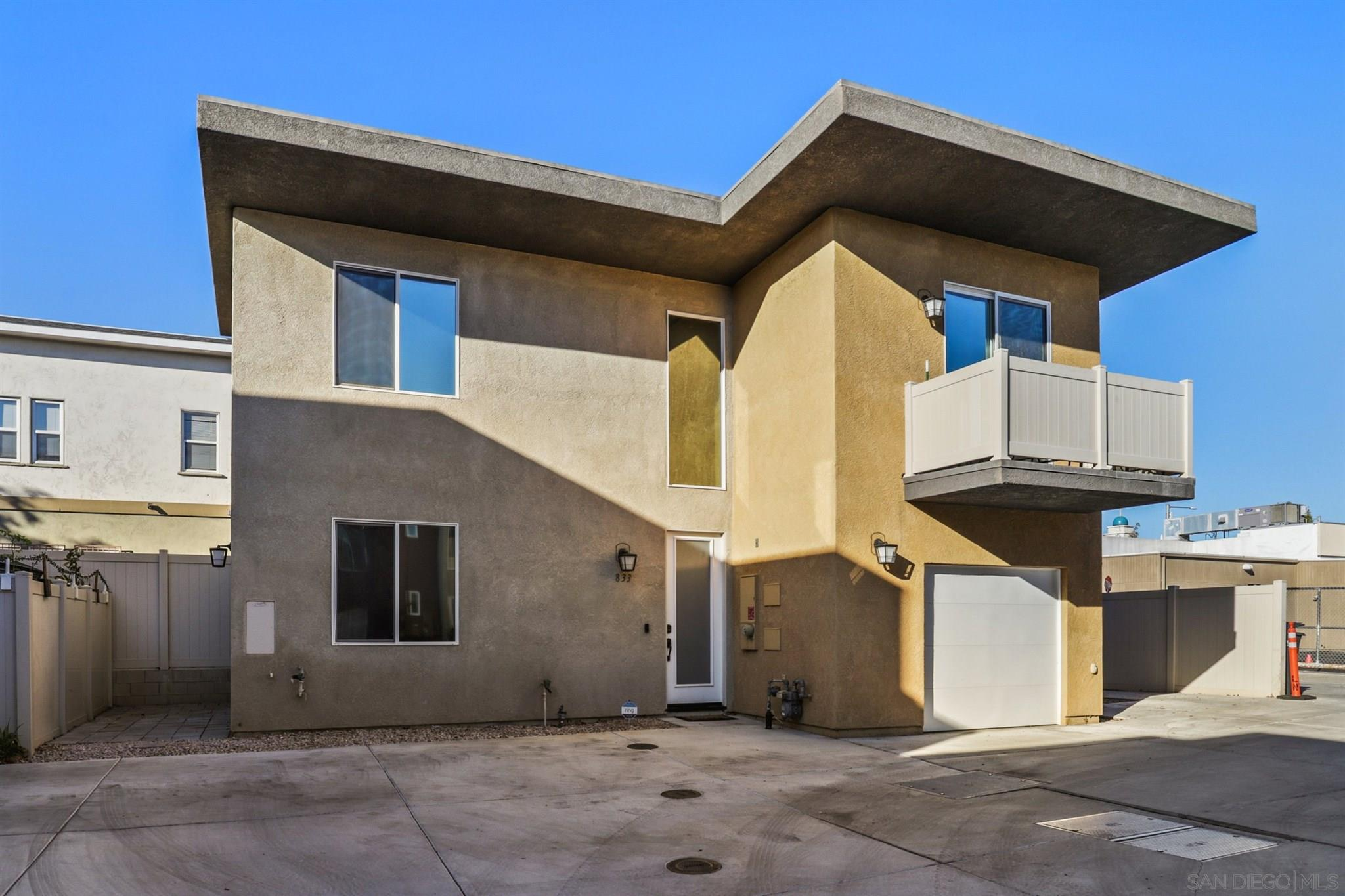 833 C Ave, National City, CA 91950