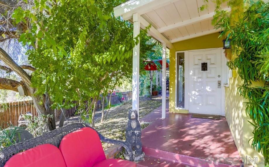 1331 Rincon Rd, Escondido, CA 92025