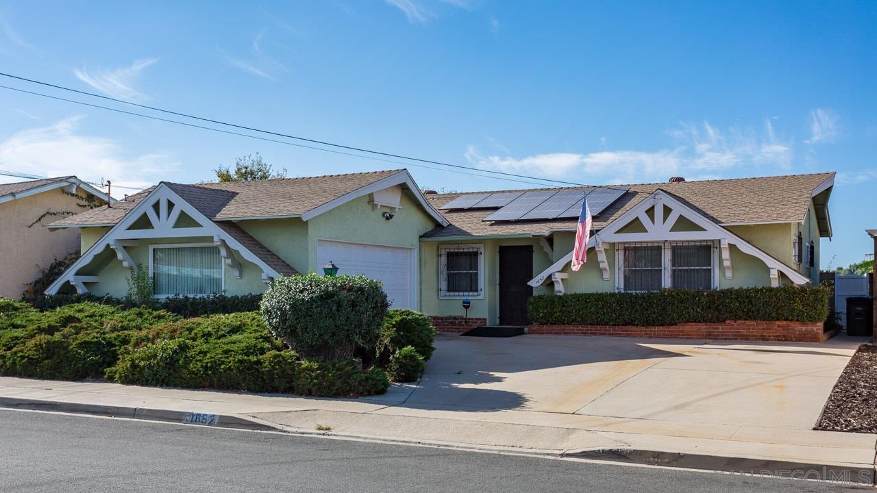 1652 La Corta Street, Lemon Grove, CA 91945