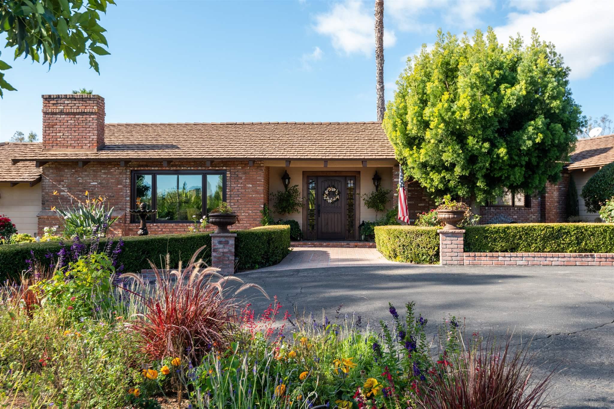 16810 Via de Santa Fe, Rancho Santa Fe, CA 92067