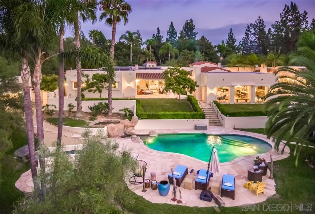 7042 El Vuelo Del Este, Rancho Santa Fe, CA 92067