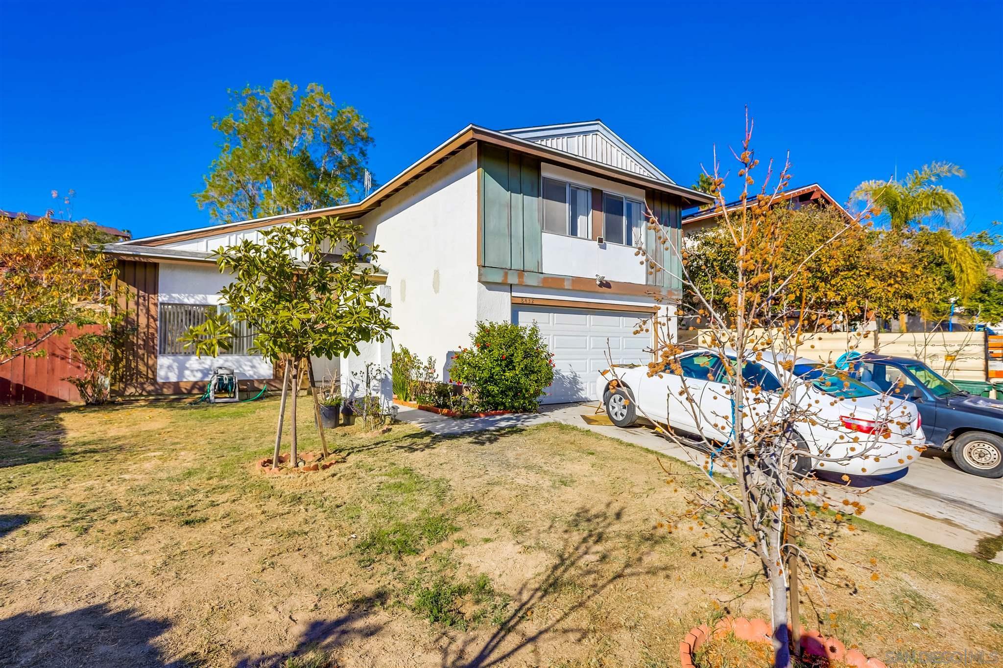 8432 Blossom Hill Dr, Lemon Grove, CA 91945