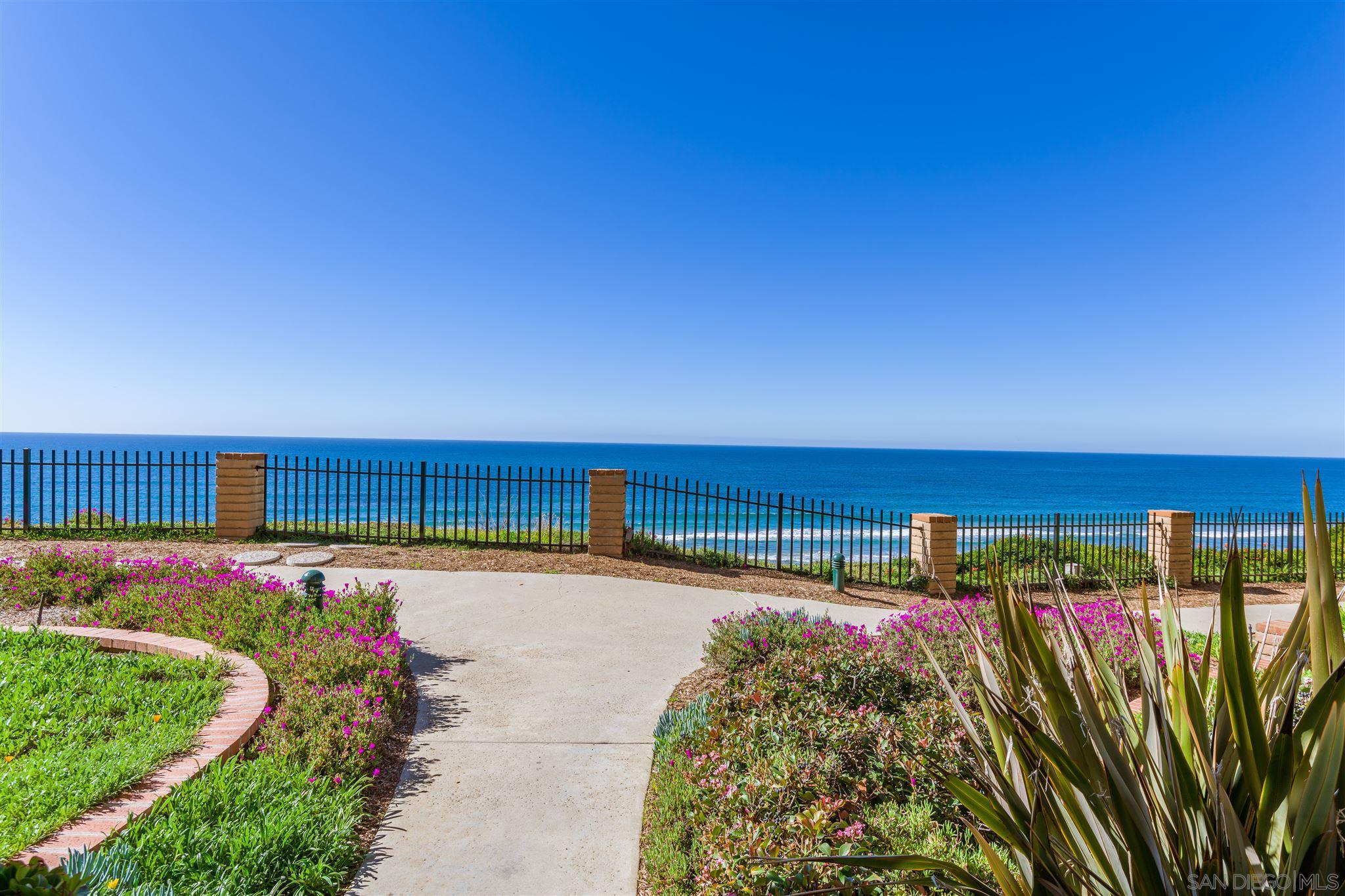 190 Del Mar Shores Tce 43, Solana Beach, CA 92075