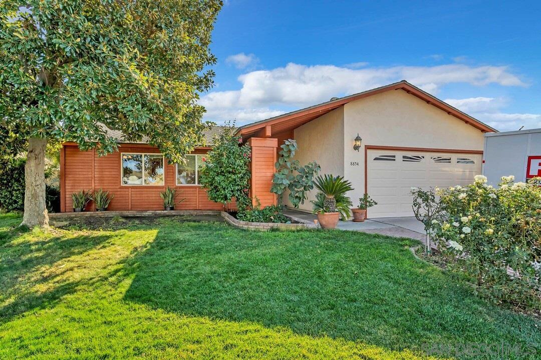 8854 Ellsworth Circle, Santee, CA 92071