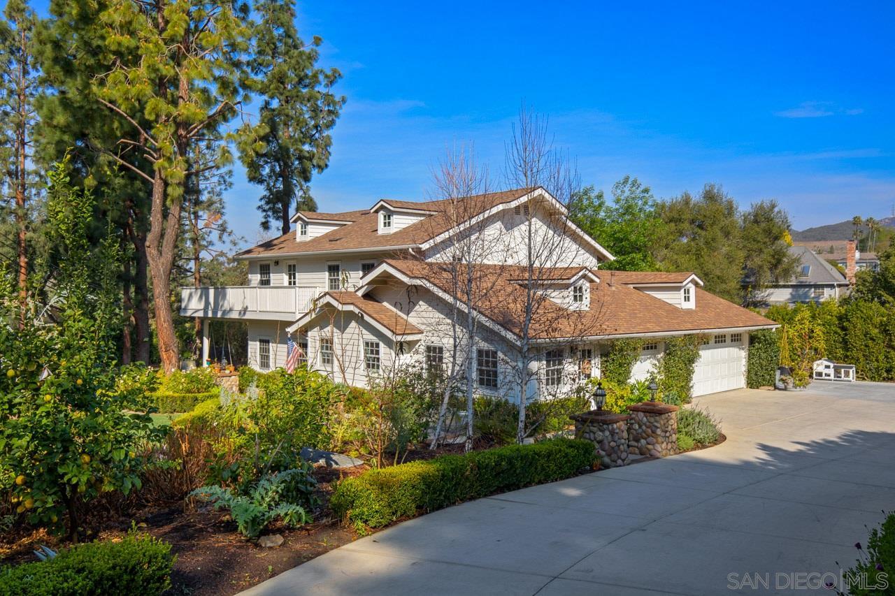 3412 Buena Creek Road, Vista, CA 92084