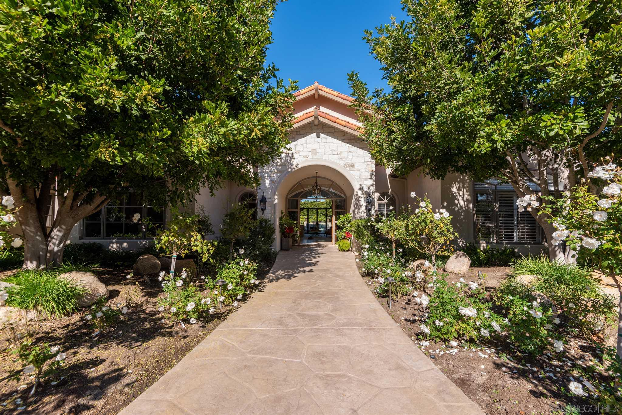 16364 Via Cazadero, Rancho Santa Fe, CA 92067