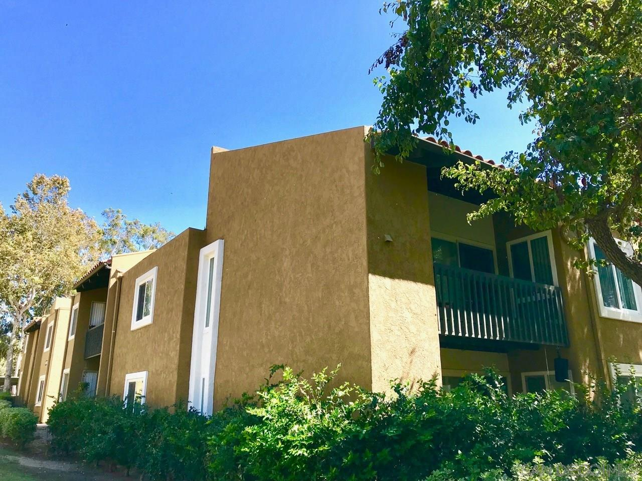 3 Br/2 Ba 1040SF Upper Unit Rancho Bernardo Condo Located in Waterbridge, Close To Playground And Pool, 2 Assigned Parking Spaces, A/C, All Appliances, Stackable Washer/Dryer, Complex Amenities, Water, Sewer And Trash HOA Provided. Community Pool. Amenities • Club House • Fitness Center • Playground • Community Pool/Spa