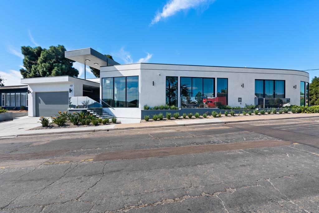 990 Tarento Dr, San Diego, CA 92106