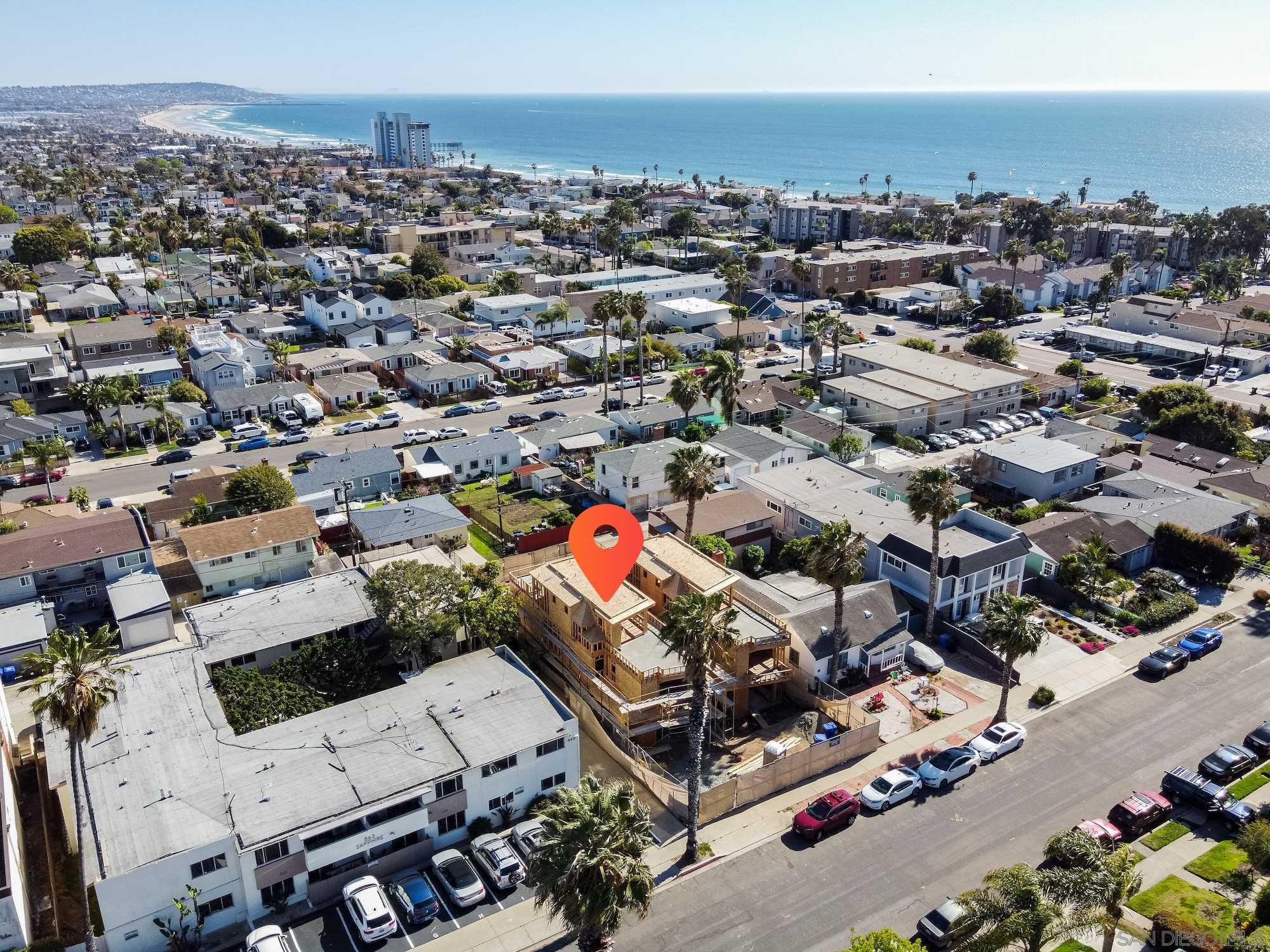 855 Sapphire St., San Diego, CA 92109