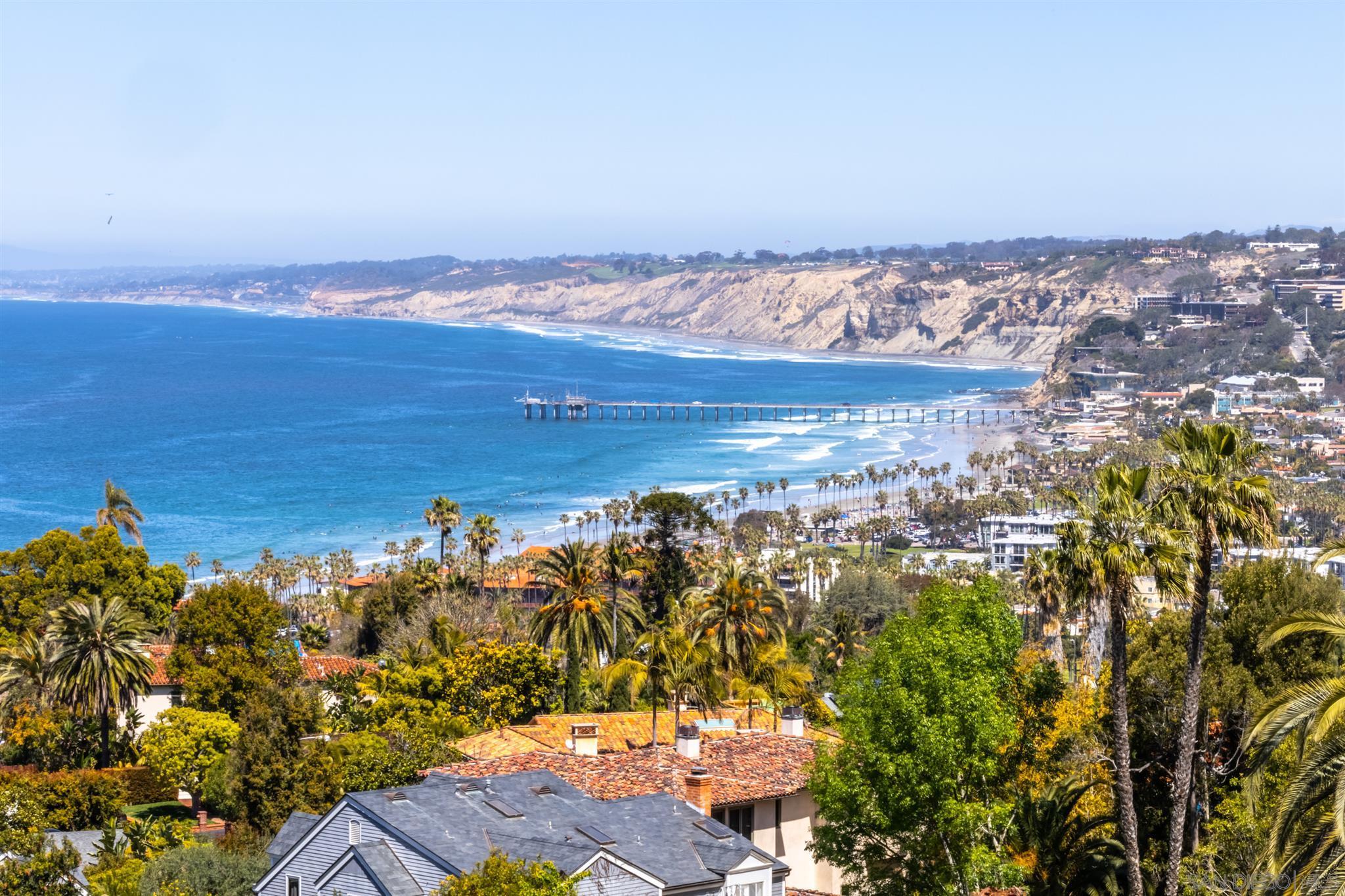 Photo of 7682 Hillside Dr, La Jolla, CA 92037