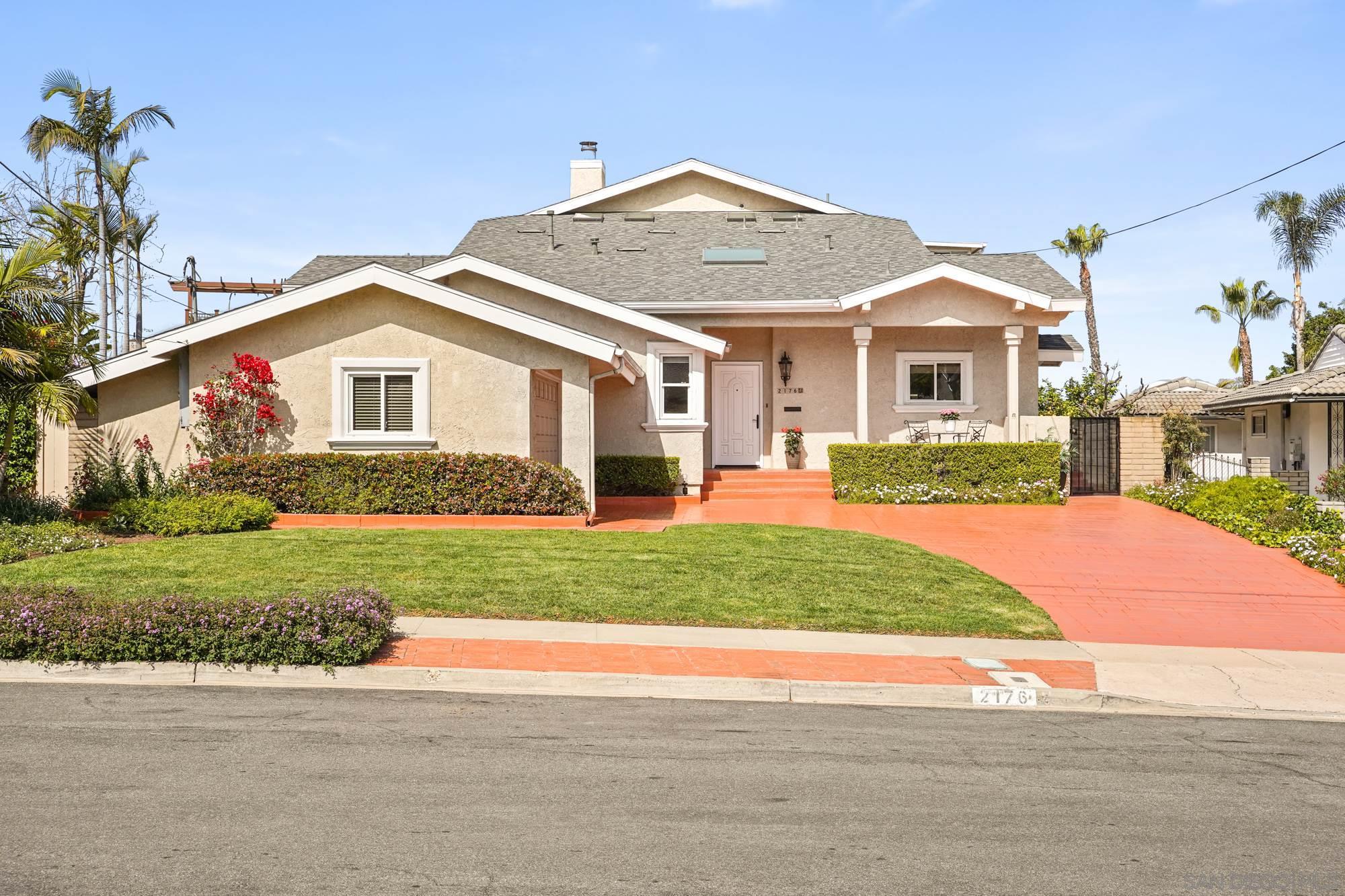 2176 Dunhaven St, San Diego, CA 92110
