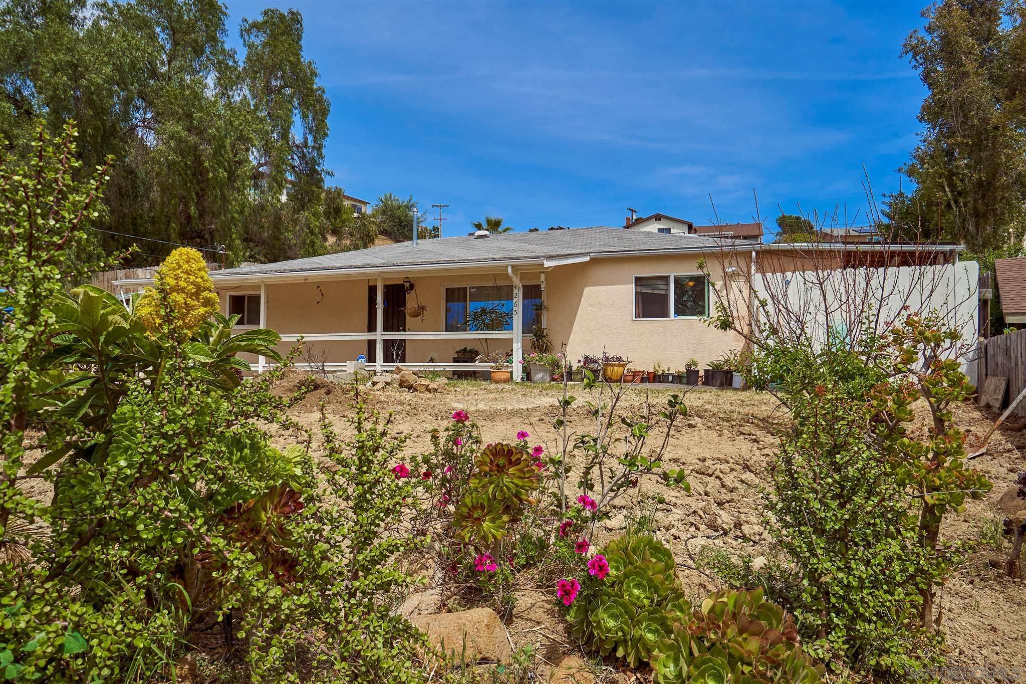 4265 N Cordoba Ave, Spring Valley, CA 91977