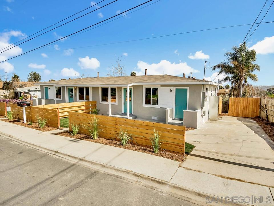 1551-53 Coolidge St, San Diego, CA 92111
