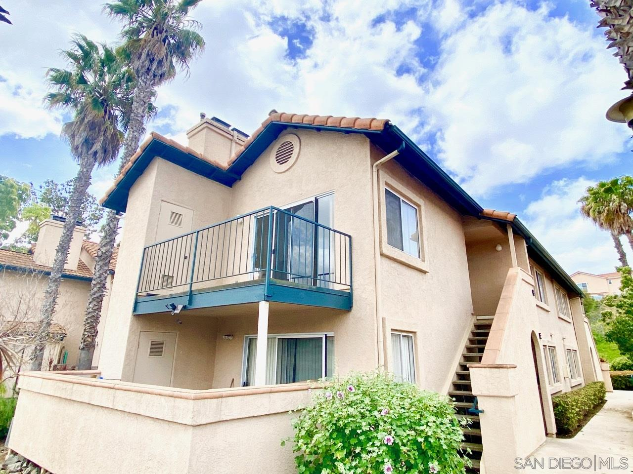 This is a FIXER! Needs TLC! Nice upper unit at The Falls, overlooking the pool. Fireplace in the living room, Central forced Air.  Laundry in the unit (washer & dryer included).  Complex has 2 pools, spa, tennis courts, clubhouse & an exercise room.  Near shop-ping & good freeway access.