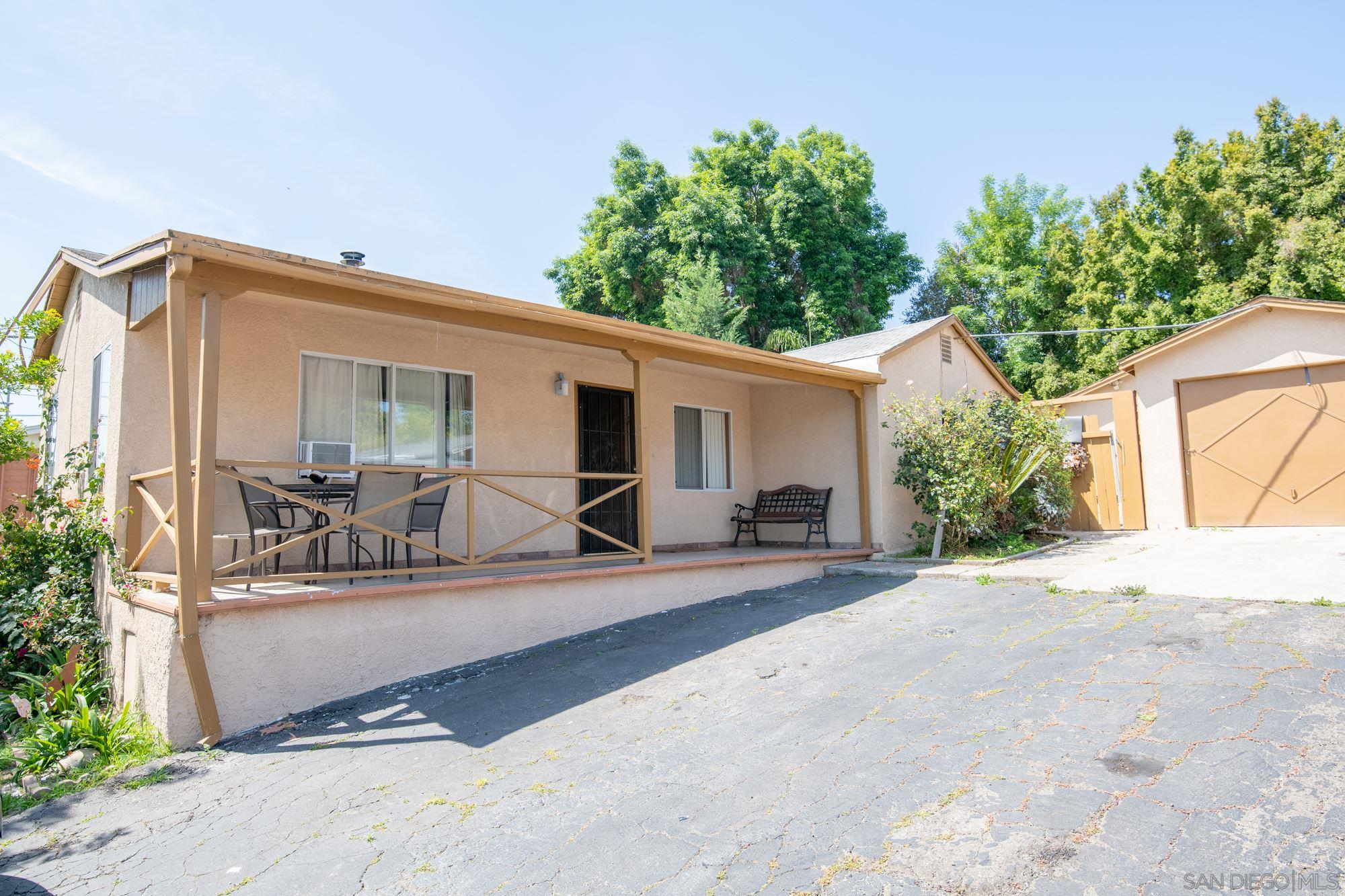 2622 Grange St, Lemon Grove, CA 91945