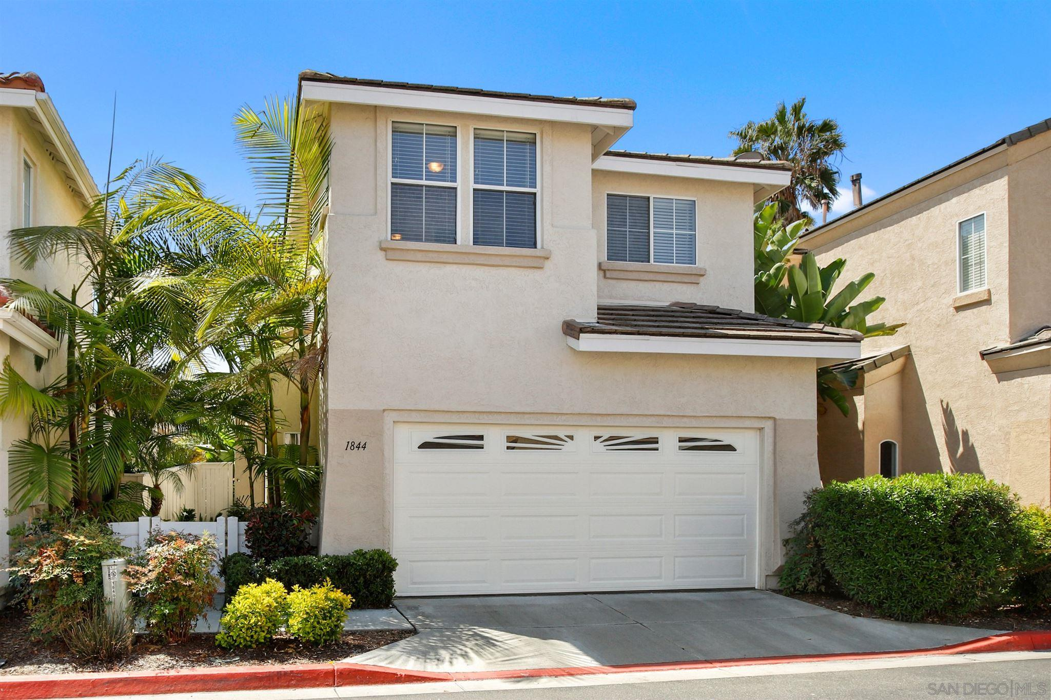 1844 Saint Lucia Way, Vista CA 92081