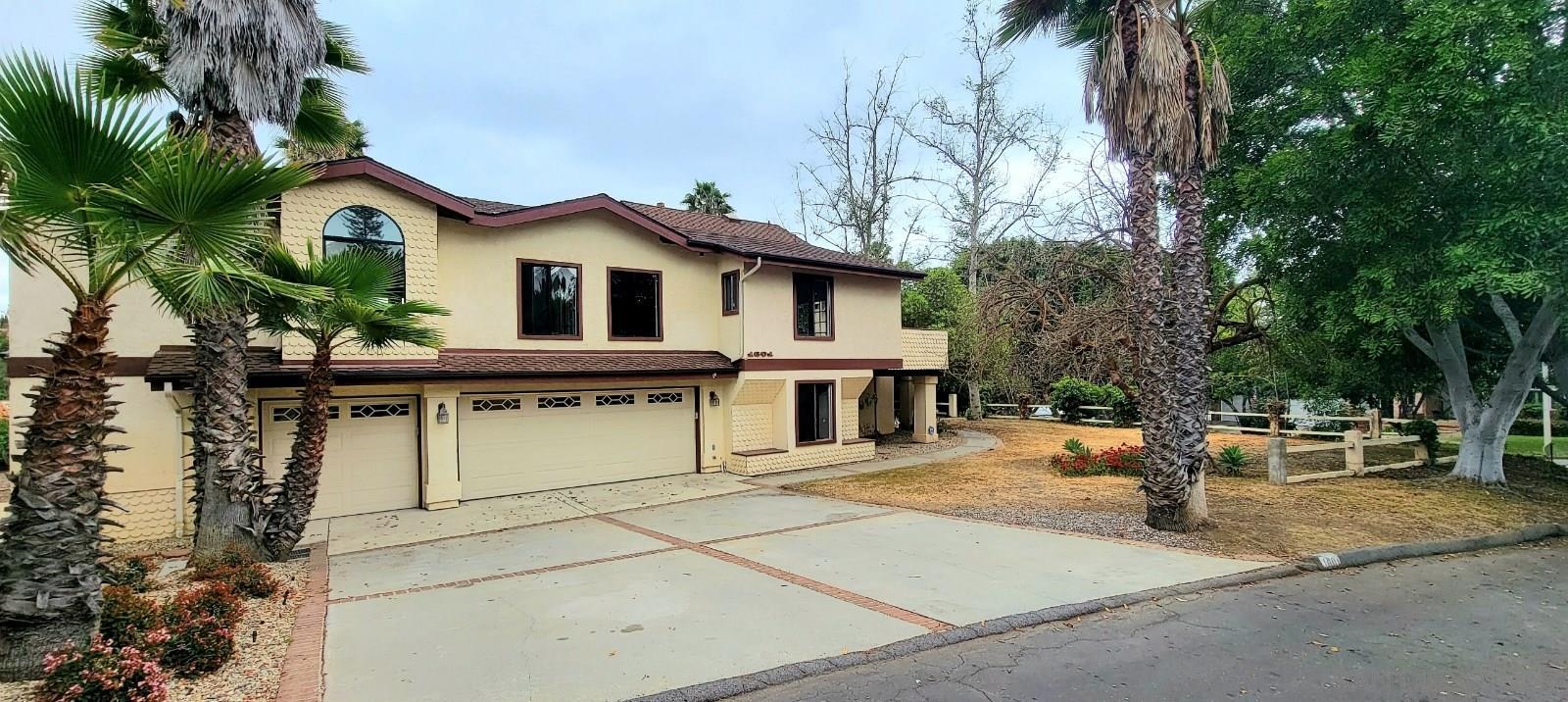 1601 Mesa Verde Dr., Vista, CA 92084
