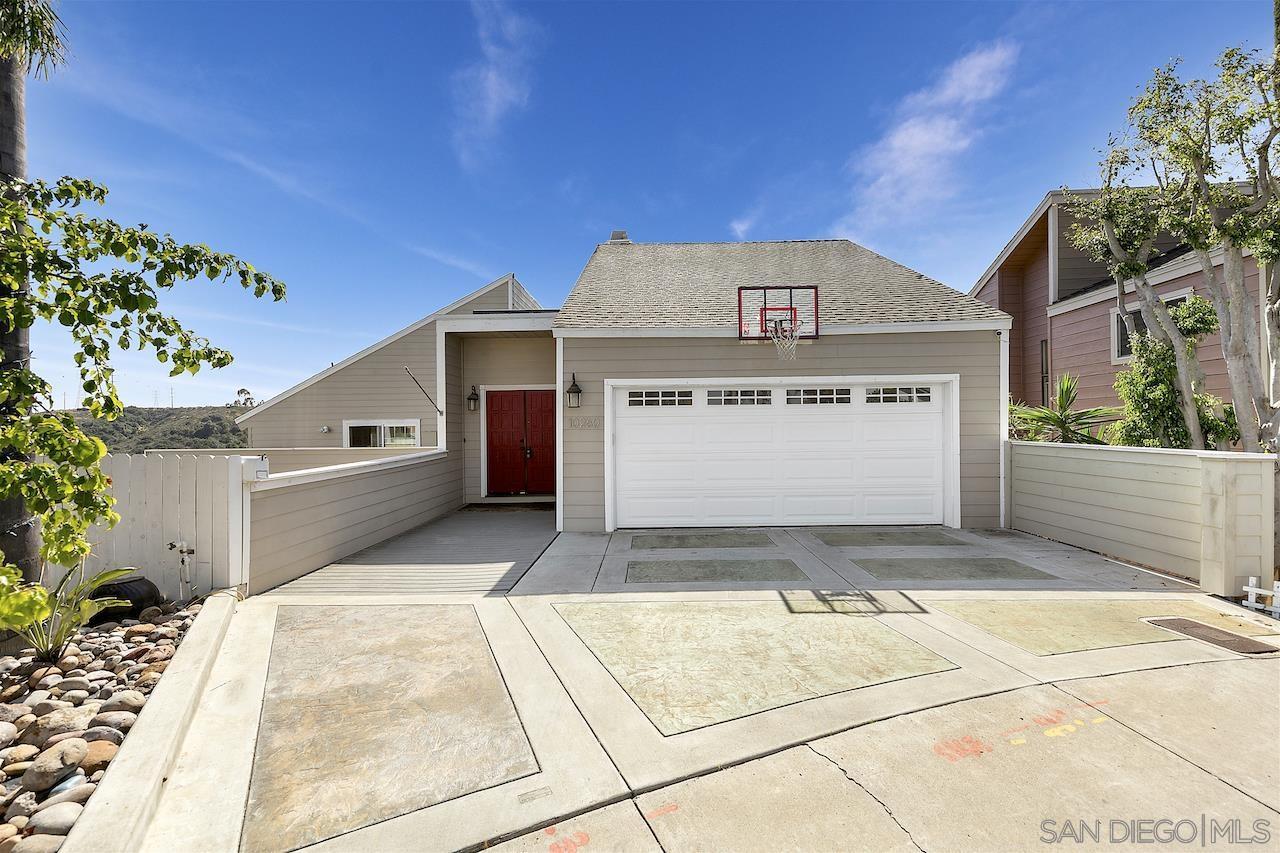 10260 Viacha Drive, San Diego, CA 92124