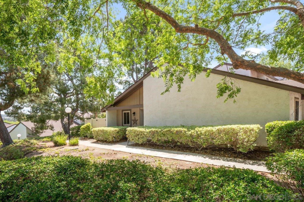 329 Ranchwood Gln, Escondido, CA 92026