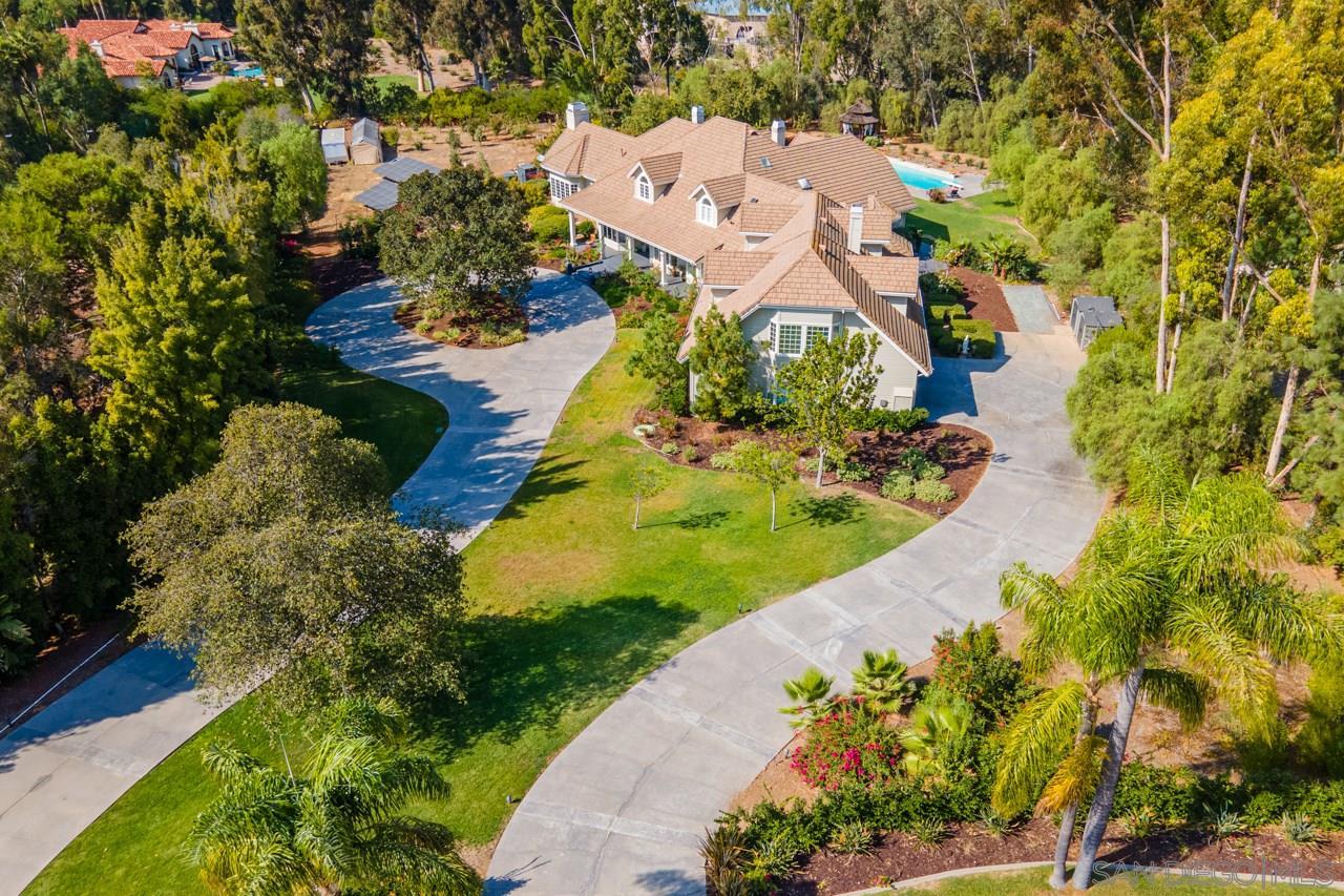 7012 Rancho La Cima Drive, Rancho Santa Fe, CA 92067