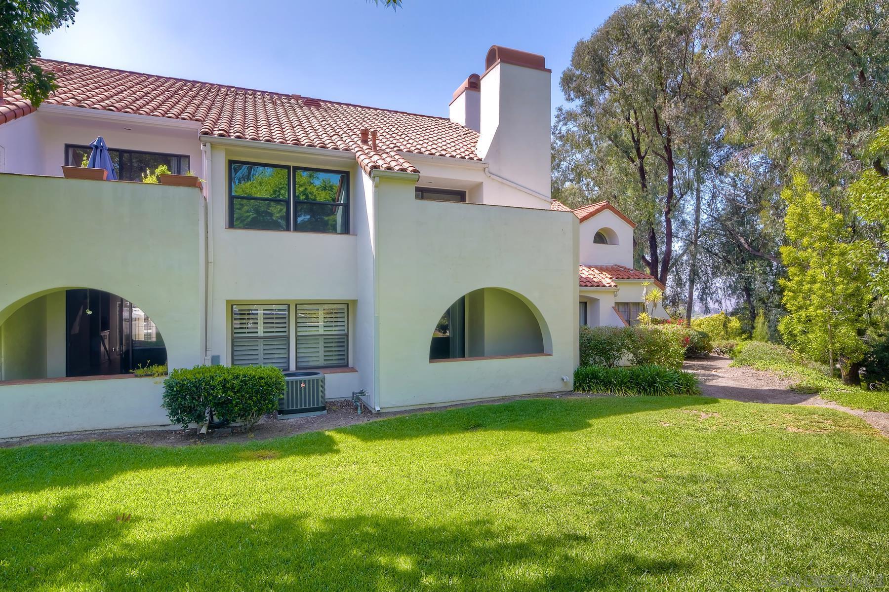 16110 Avenida Venusto 4, San Diego, CA 92128