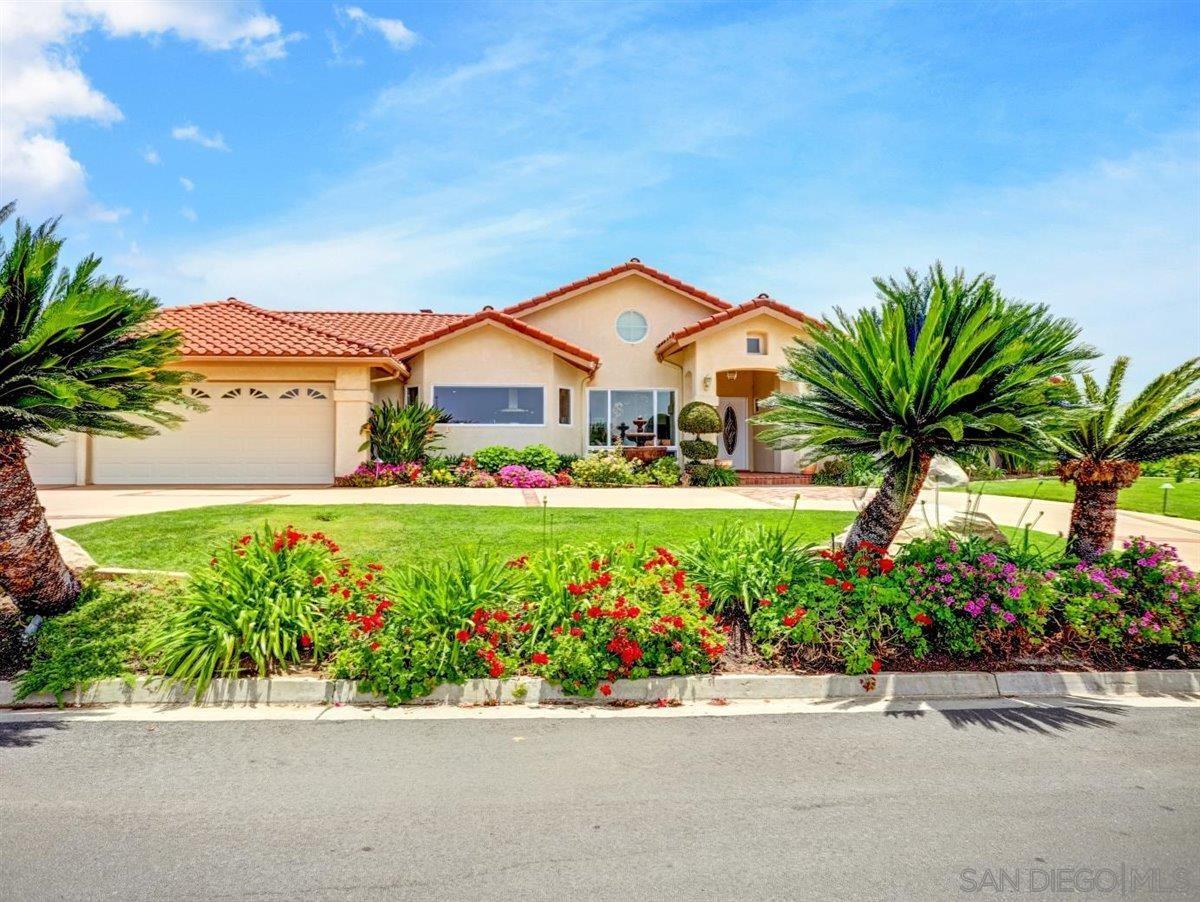 Photo of 1427 Buckskin Drive, Escondido, CA 92029