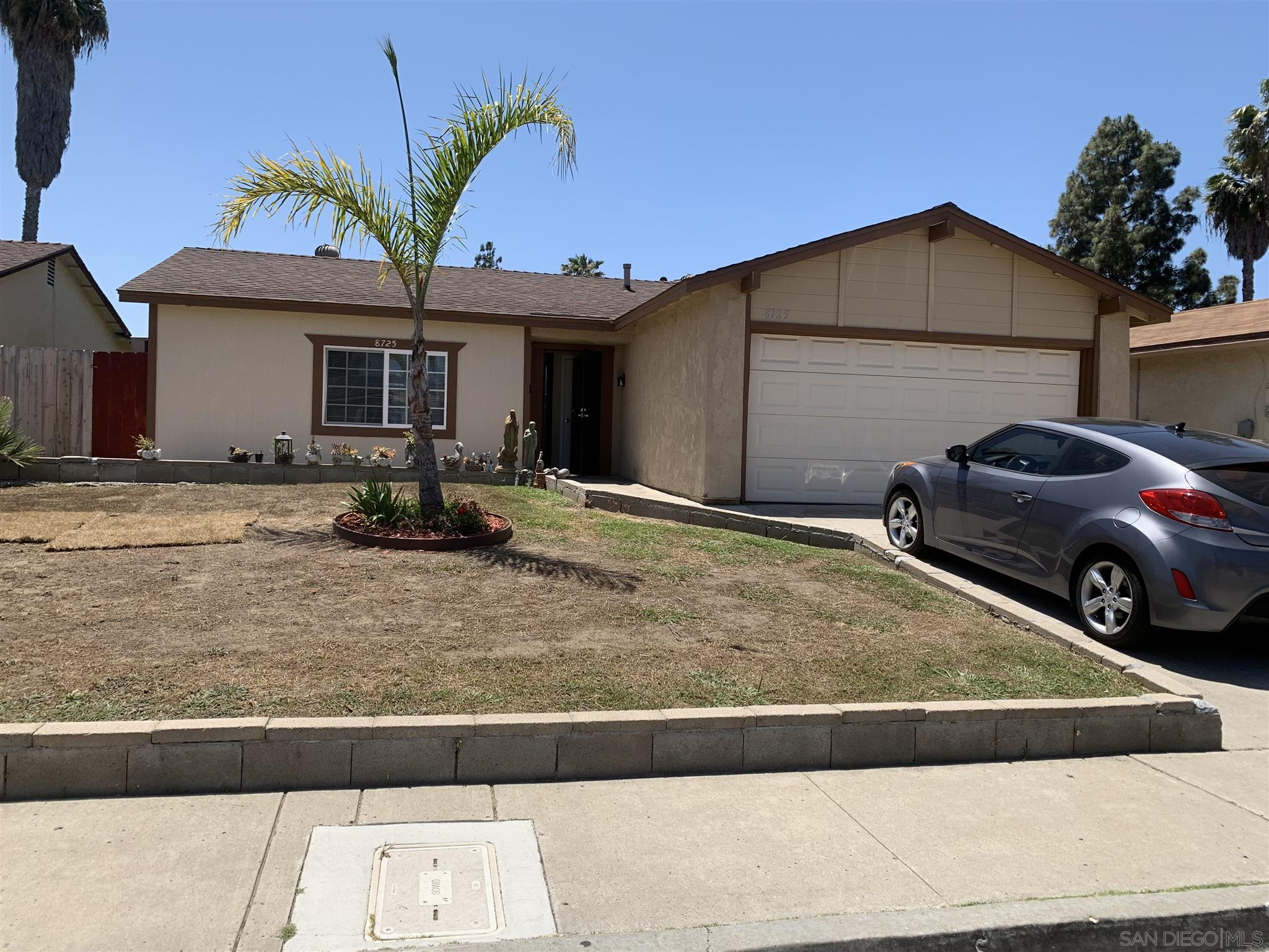 8725 Covina Cir, San Diego, CA 92126