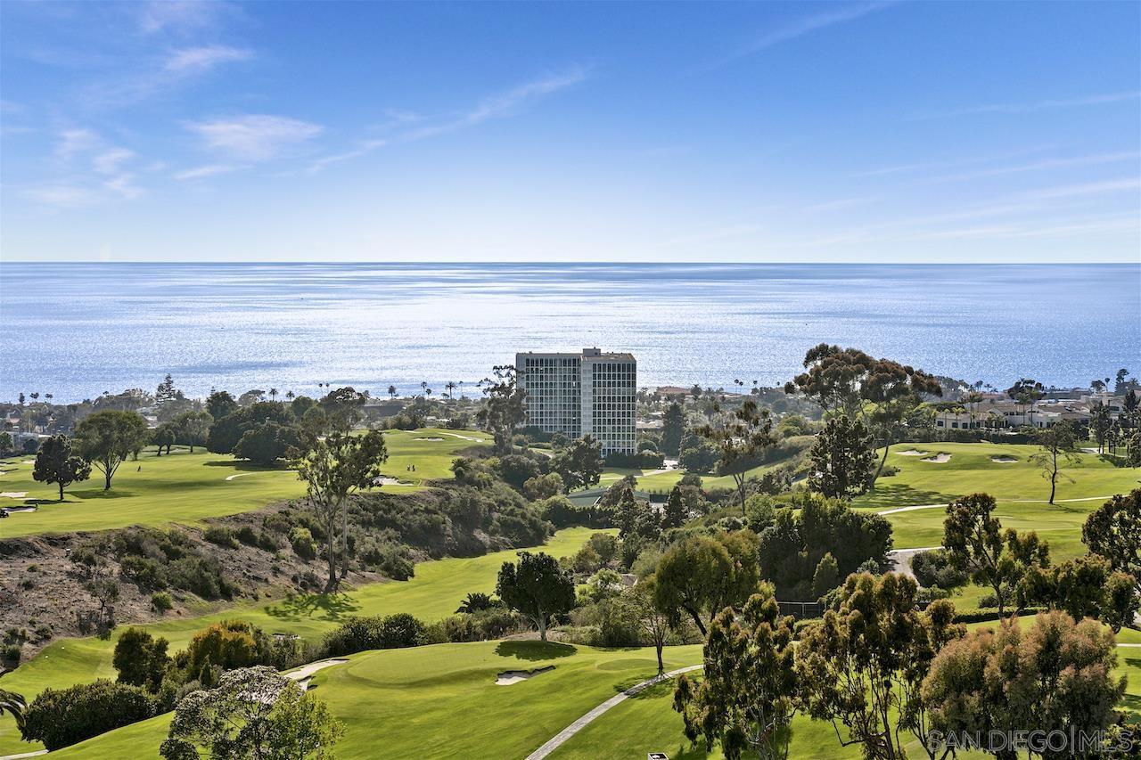 Photo of 6878 Country Club Dr, La Jolla, CA 92037