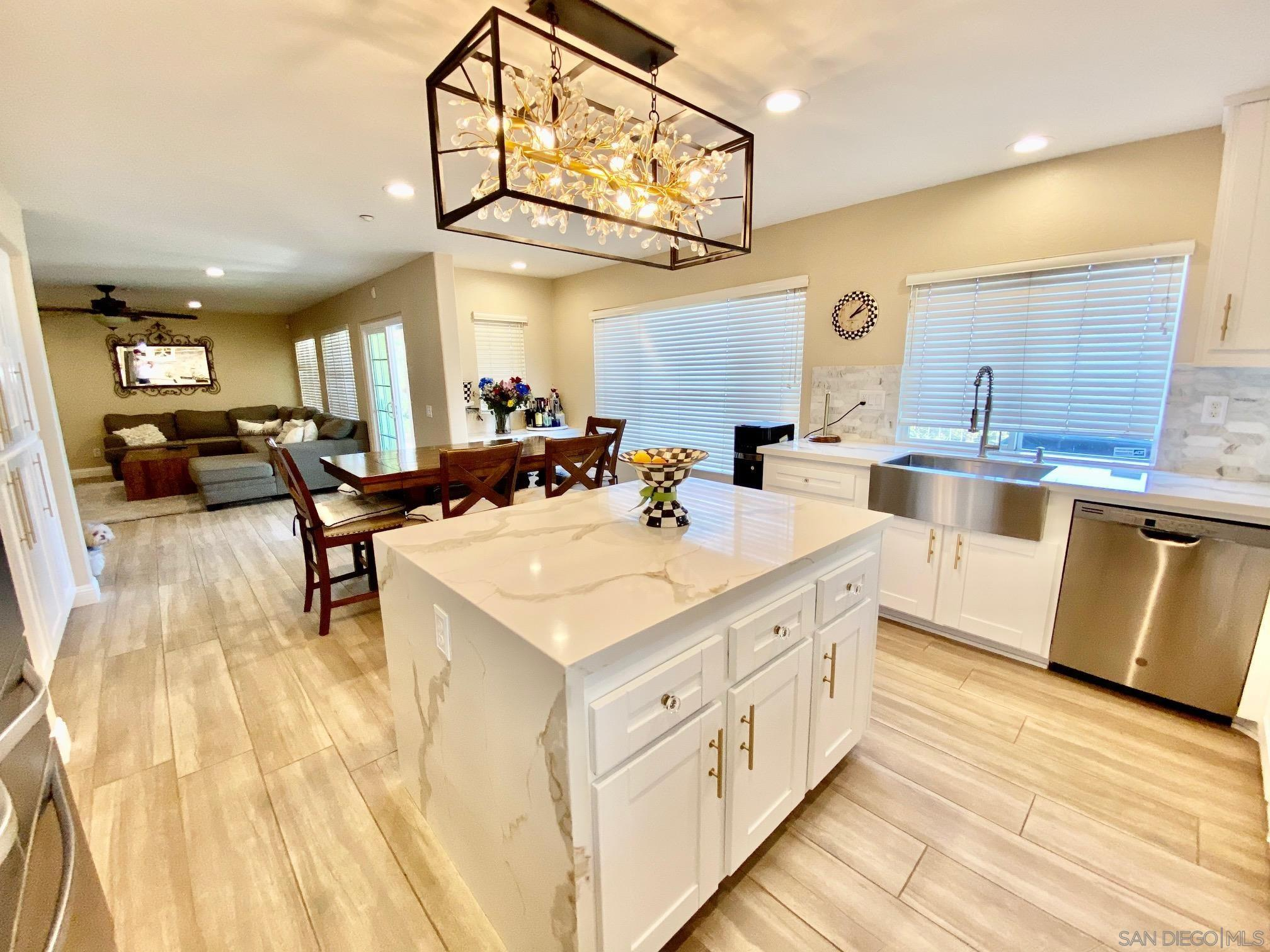 2593 Fresh Waters Ct, Spring Valley, CA 91978