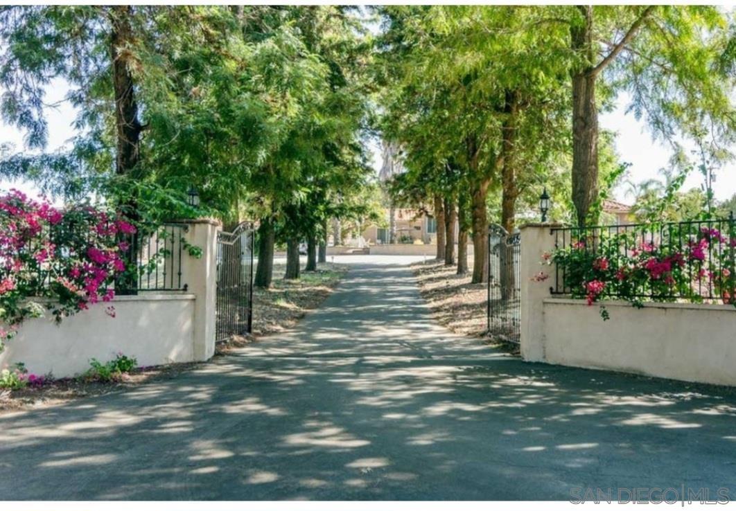 Photo of 1817 S Citrus Ave, Escondido, CA 92027