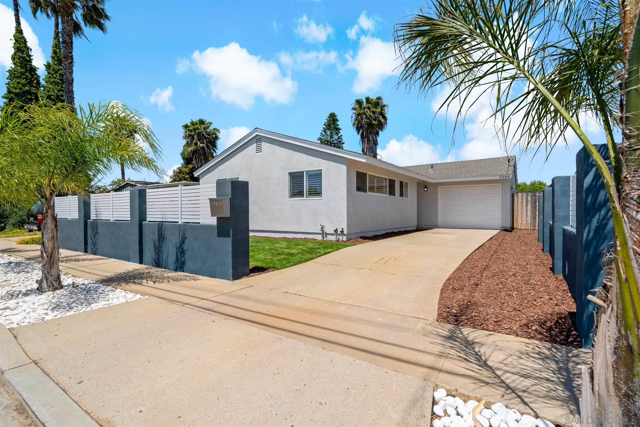 5698 Camber Dr., San Diego, CA 92117