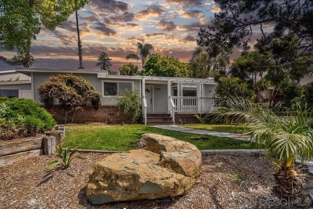 4528 Tonopah, San Diego, CA 92110