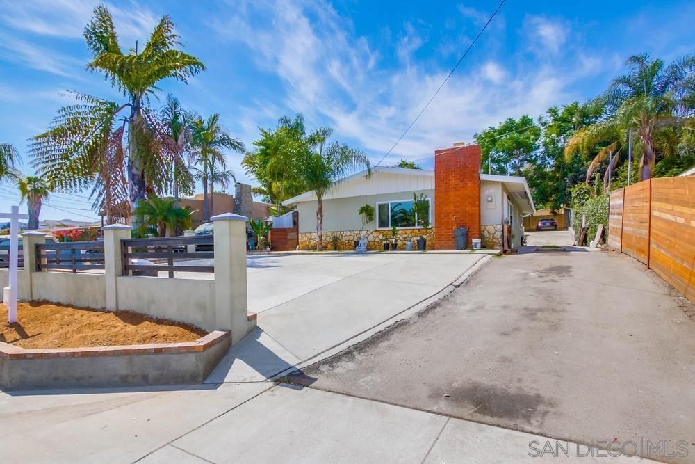 12907 Julian Ave., LAKESIDE, CA 92040