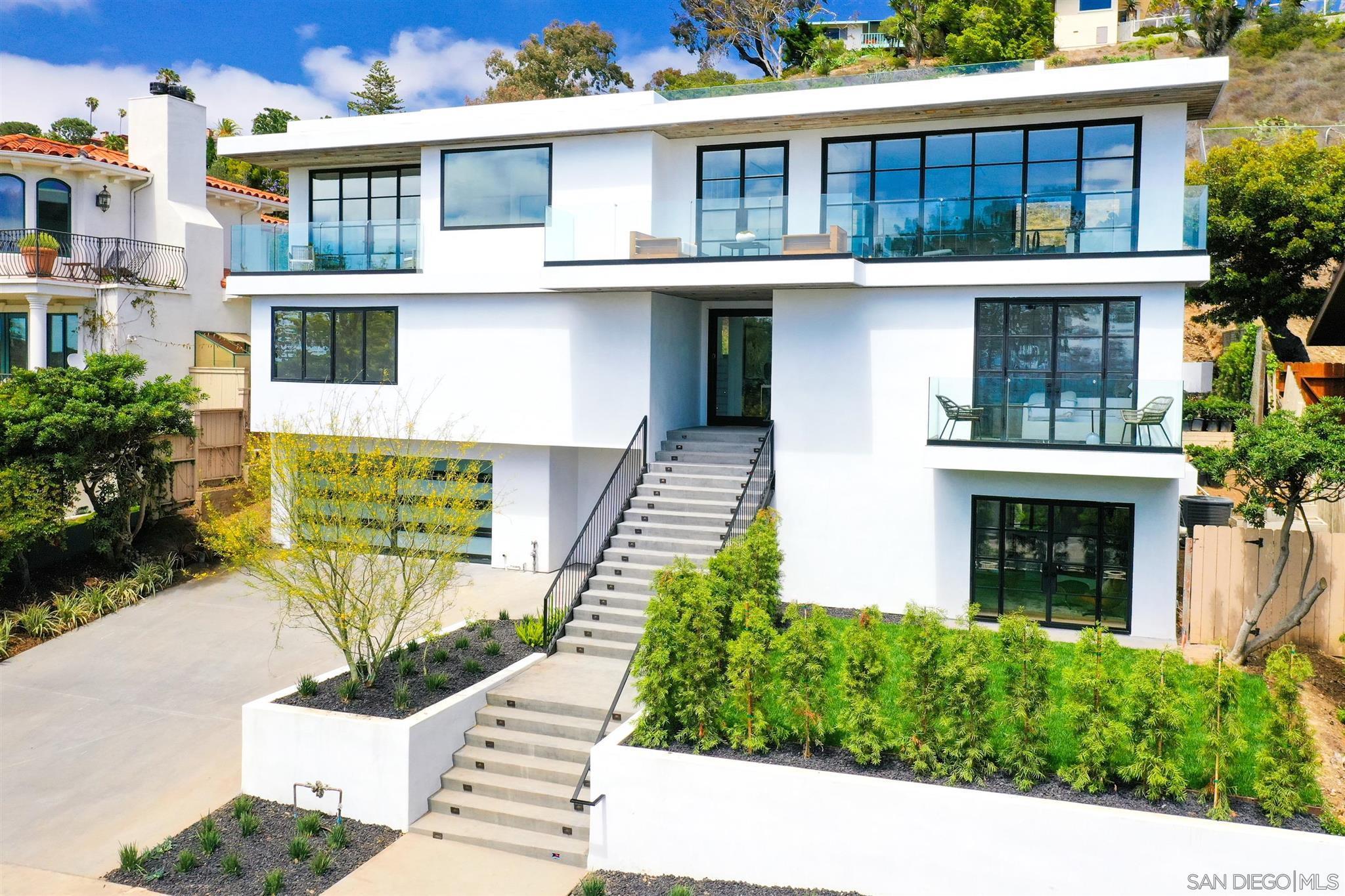 Photo of 5935 Folsom Drive, La Jolla, CA 92037