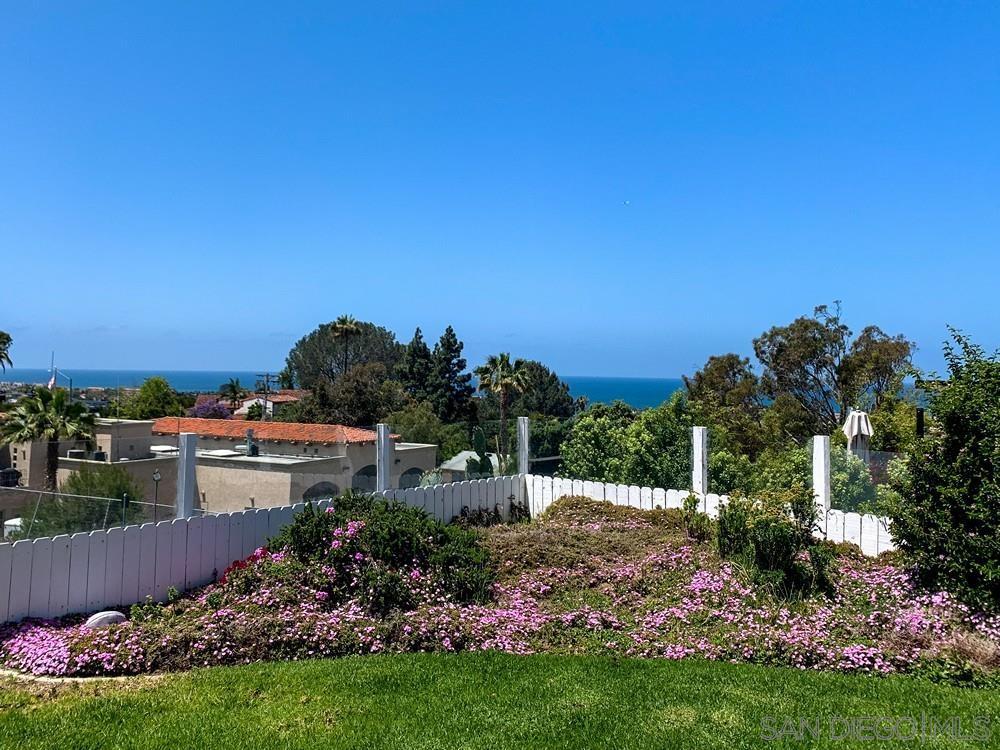 415 Hilmen Pl, Solana Beach, CA 92075