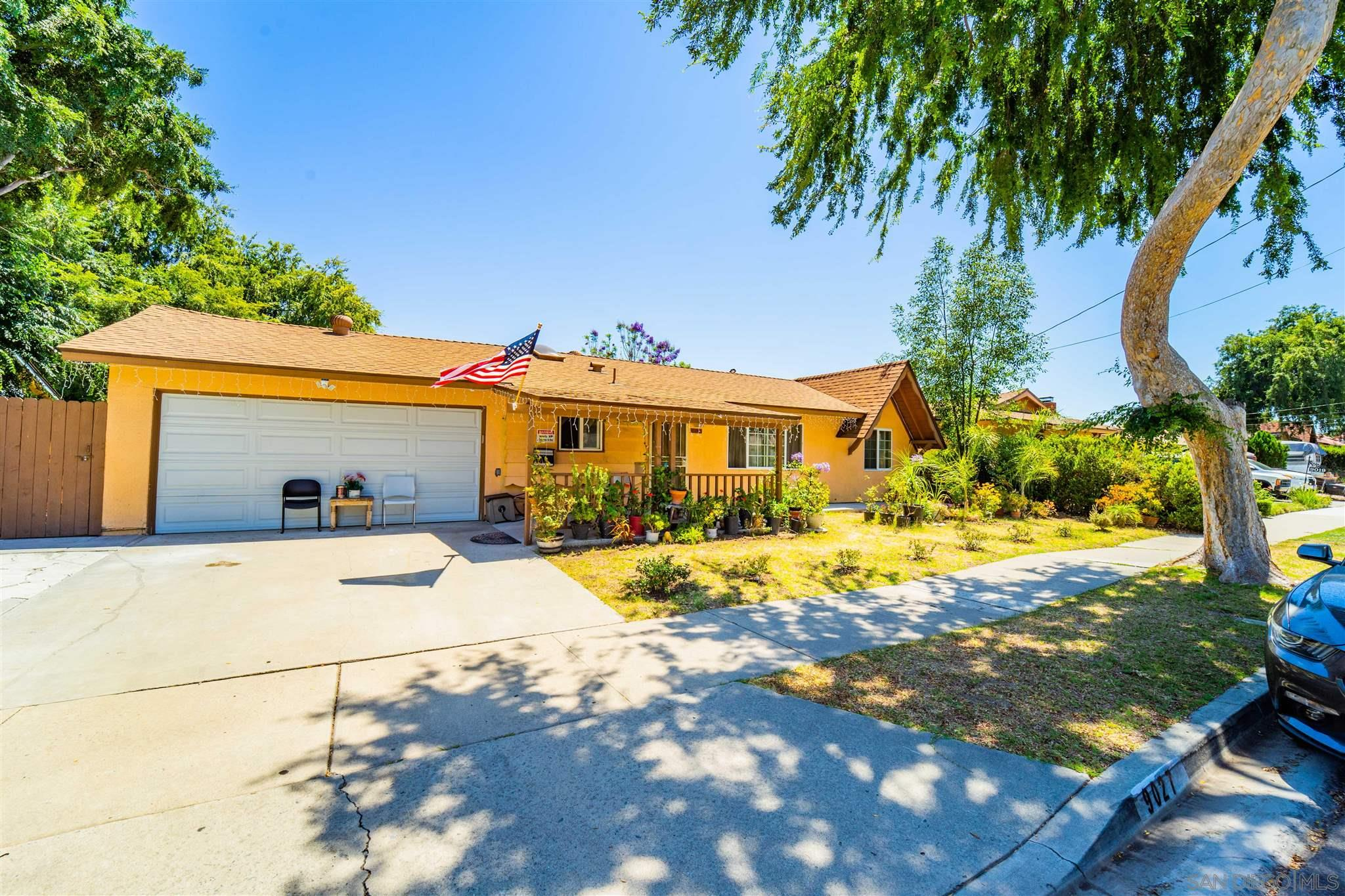 9027 Davenrich, Spring Valley, CA 91977