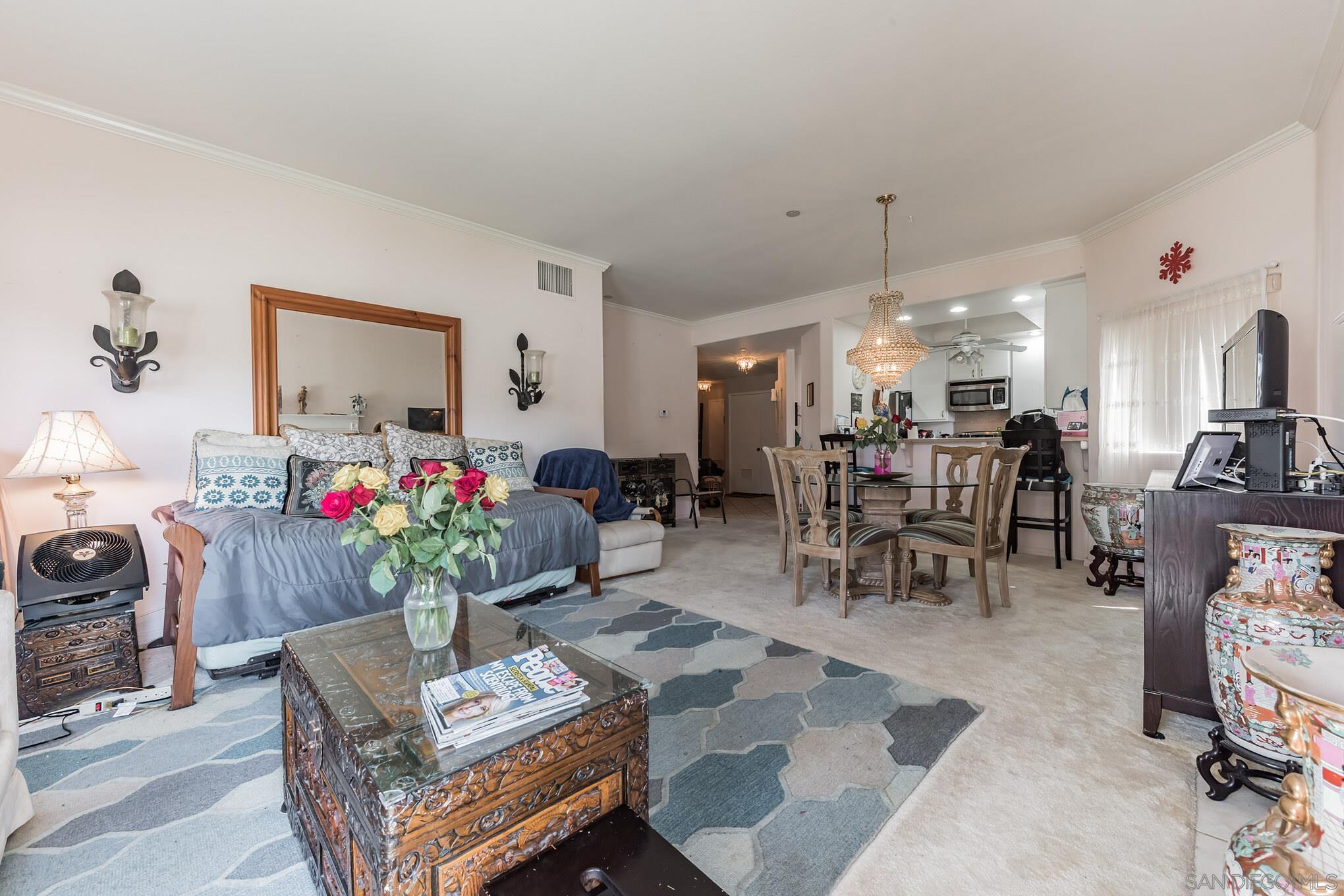 12132 Royal Birkdale Row 106E, San Diego, CA 92128