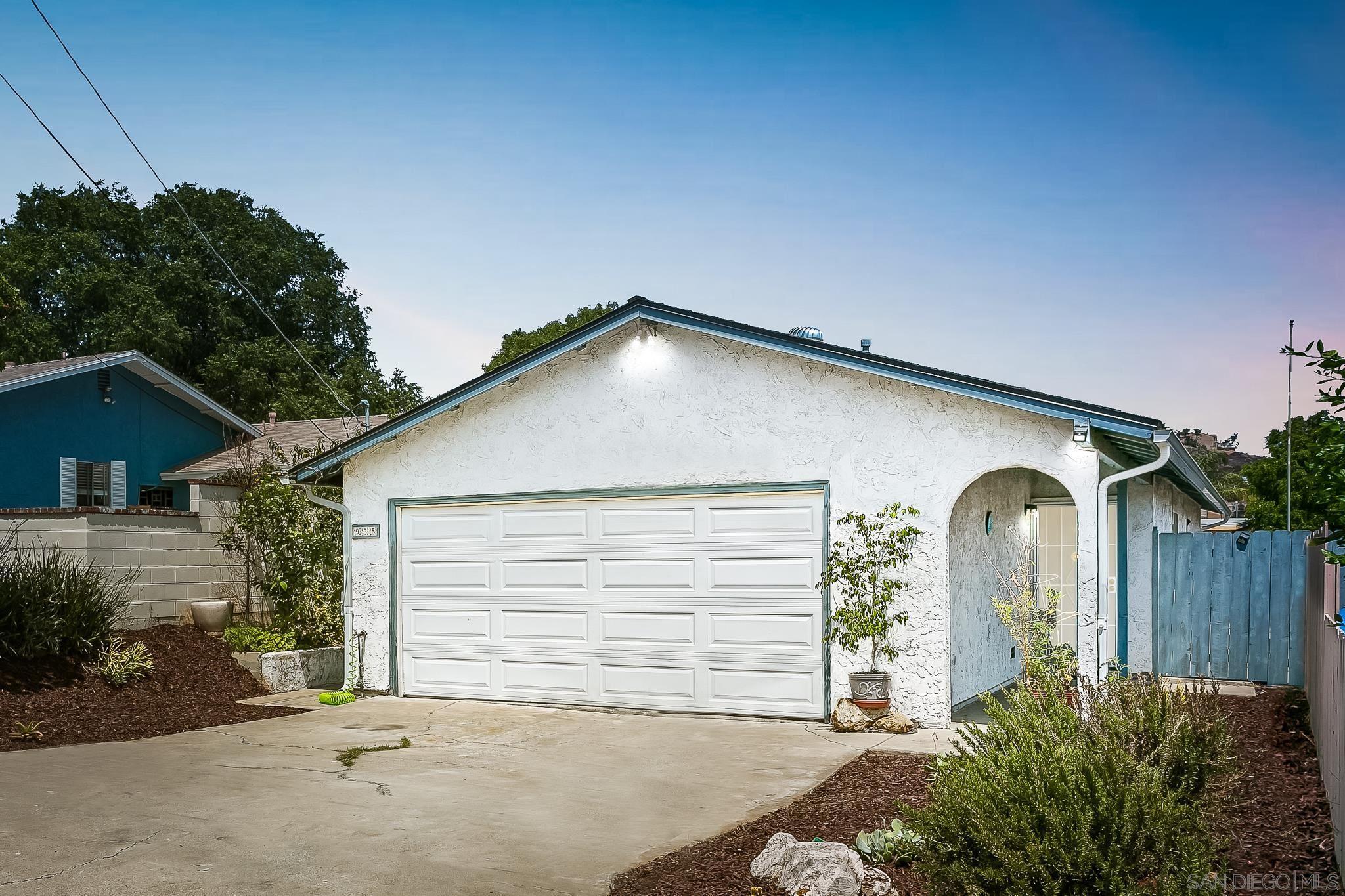 935 Ramona Ave, Spring Valley, CA 91977